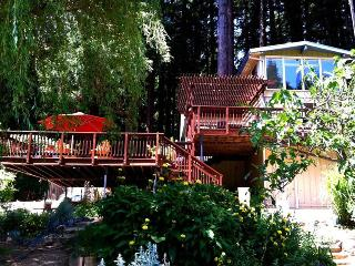 RIVER SONG - Russian River vacation rentals