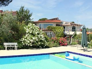 6 bedroom House with Deck in Montelupo Fiorentino - Montelupo Fiorentino vacation rentals