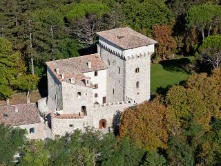 Castello Umbria - Gubbio vacation rentals