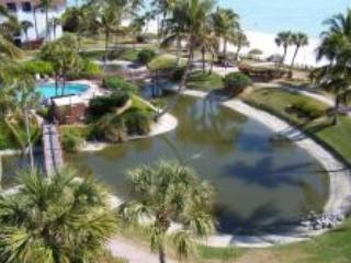 Lagoon and Pool - Sanibel Family Fun - Sanibel Island - rentals