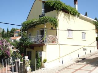 Nice Condo with Internet Access and A/C - Cavtat vacation rentals