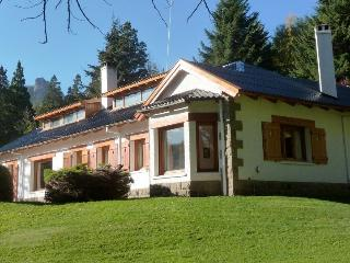 Perfect House with Internet Access and Satellite Or Cable TV - San Carlos de Bariloche vacation rentals