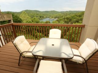 Branson Condo Rental | Eagles Nest | Indian Point | Silver Dollar City - Branson vacation rentals