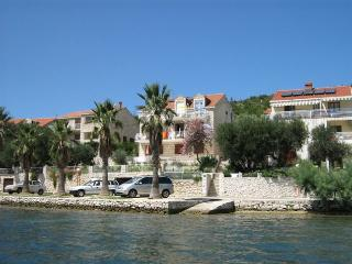 Double room with balcony and sea view - Dubrovnik vacation rentals