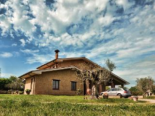 Bright 3 bedroom Bed and Breakfast in Acquapendente - Acquapendente vacation rentals