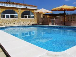 Tranquil Holiday Villa in Montroy, Valencia. - Montroy vacation rentals
