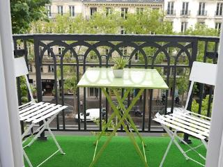 Studio Apartment Near Champs Elysees and the Madeleine - Paris vacation rentals