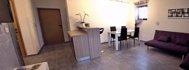 Charming 2 bedroom Condo in Peroj - Peroj vacation rentals