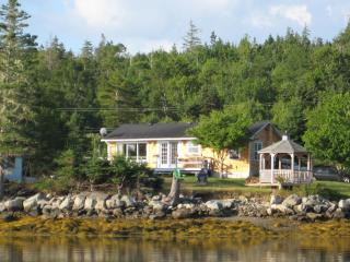 EZ Breeze Seaside Cottage - Head of Jeddore vacation rentals