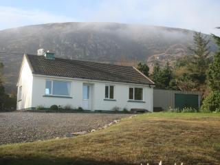 Nice Cottage with Satellite Or Cable TV and Cleaning Service - Cahersiveen vacation rentals