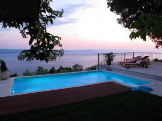 Luxury Villa Aurora**** near Split ,heated pool - Krilo Jesenice vacation rentals