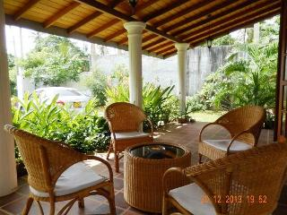 3 bedroom Villa with Internet Access in Hikkaduwa - Hikkaduwa vacation rentals
