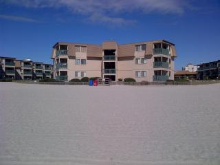 Shore Drive-2 Bdrm-Oceanside-Winter/Monthly Rates - Myrtle Beach vacation rentals