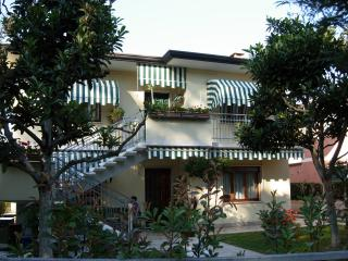 HOME VENEZIA for  Beach, Venice city & day trips - Eraclea vacation rentals
