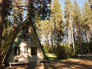 Crater Lake Bungalows  - The Chalet - Crater Lake National Park vacation rentals