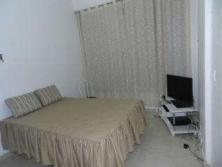 Copacabana Ocean VIew Beach 50 mts  Air + Wi-Fi - Rio de Janeiro vacation rentals