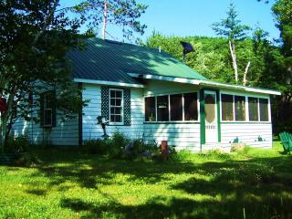 Oiseau Bay White Cottage - Amos vacation rentals