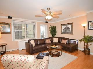 High End/ Upgraded Unit in Historic Highrise - Atlanta vacation rentals
