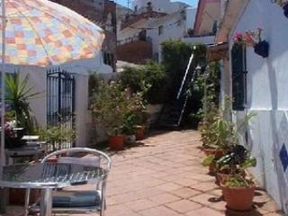 Cozy House in Iznate with Alarm Clock, sleeps 2 - Iznate vacation rentals