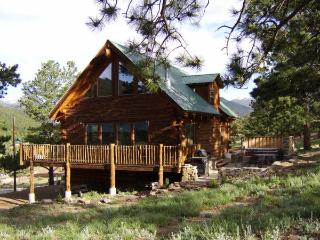 Mountain Log Home Near Rocky Mountain National Prk - Estes Park vacation rentals