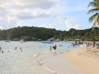 Apartment in Villadurivage 10 min walk to beach - Le Gosier vacation rentals