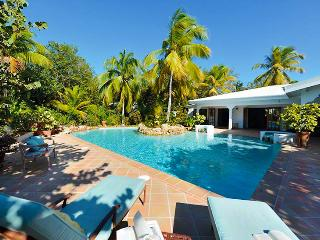 Villa Soleil Couchant SPECIAL OFFER: St. Martin Villa 86 Located Directly On Plum Bay Beach, This Delightful Villa Offers Tropical Elegance And Spectacular Sunsets. - Terres Basses vacation rentals