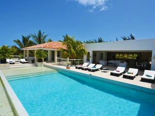 St. Martin Villa 90 Absolutely Dazzling! With A Superb Open View To The Caribbean Sea, Baie Longue And Surrounding Areas. - Terres Basses vacation rentals