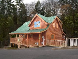 One Bedroom Pigeon Forge Resort Cabin Close to the Pigeon Forge Parkway - Pigeon Forge vacation rentals