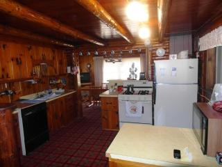 Eaton's Cottage - Northeast Michigan vacation rentals