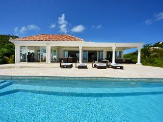 St. Martin Villa 91 Where The Turquoise Caribbean Sea Waters And The Clear Blue Sky Are Only Separated By The Island Of Anguilla - Saint Martin-Sint Maarten vacation rentals