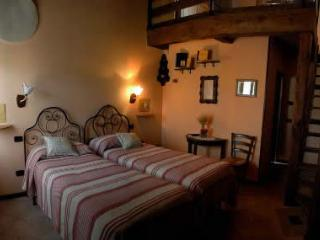 B&B Caselunghe Country House - Camerino vacation rentals