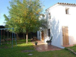 Nice Villa with Satellite Or Cable TV and Cleaning Service - Bigues i Riells vacation rentals