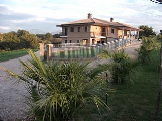 Luxurious accommodation near Cassino, Lazio, Italy - San Giorgio a Liri vacation rentals