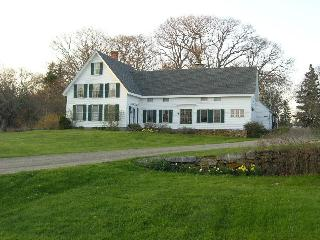 Wonderful 1855 farmhouse on John's Bay - Pemaquid vacation rentals