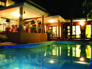 Nice Bed and Breakfast with Internet Access and Shared Outdoor Pool - Pretoria vacation rentals