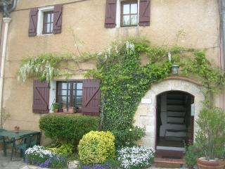 Our House in Provence, Superb Vacation Rental with a Balcony - Moissac-Bellevue vacation rentals