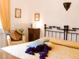 Romantic 1 bedroom Vacation Rental in Poggibonsi - Poggibonsi vacation rentals