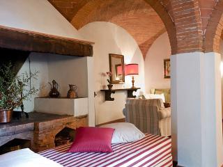 Charming Lucardo Villa rental with Internet Access - Lucardo vacation rentals