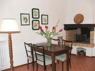 Nice Villa with Internet Access and Grill - Lucardo vacation rentals