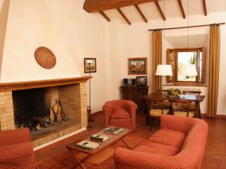 Lovely Chianciano Terme Condo rental with Shared Outdoor Pool - Chianciano Terme vacation rentals