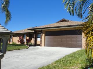 Comfortable 3 bedroom Villa in Cape Coral - Cape Coral vacation rentals