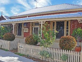 Nice 5 bedroom South Fremantle House with Deck - South Fremantle vacation rentals