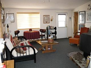 living room - Rusty Spur Guest House and Gallery - Fairfield - rentals