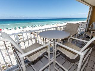 GD 401:Treat yourself to some downtime in this enchanting 3BR GULF FRONT unit - Fort Walton Beach vacation rentals