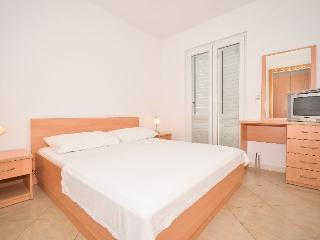 Nice and romantic place (2+1) - Cavtat vacation rentals