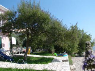 Apartment in Nikiana, next to the beach - Nikiana vacation rentals