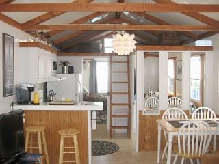 Super Unique Houseboat - Free Parking and WiFi - Boston vacation rentals