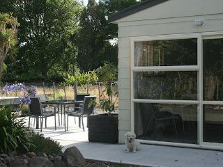 Duck Creek Cottage B&B - Dargaville vacation rentals