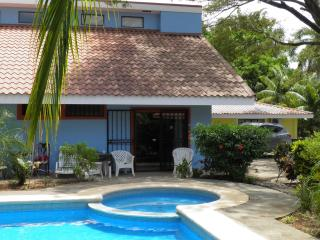 Nice Condo with Deck and Internet Access - Playas del Coco vacation rentals