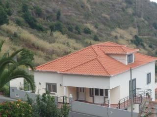 Villa Miradouro - Calheta - Alojamento Local - Calheta vacation rentals